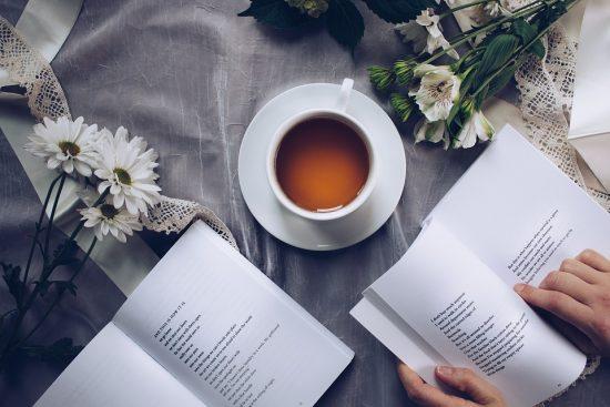 Alltagsträumer - 7 Gründe, warum du regelmäßig Bücher lesen solltest.