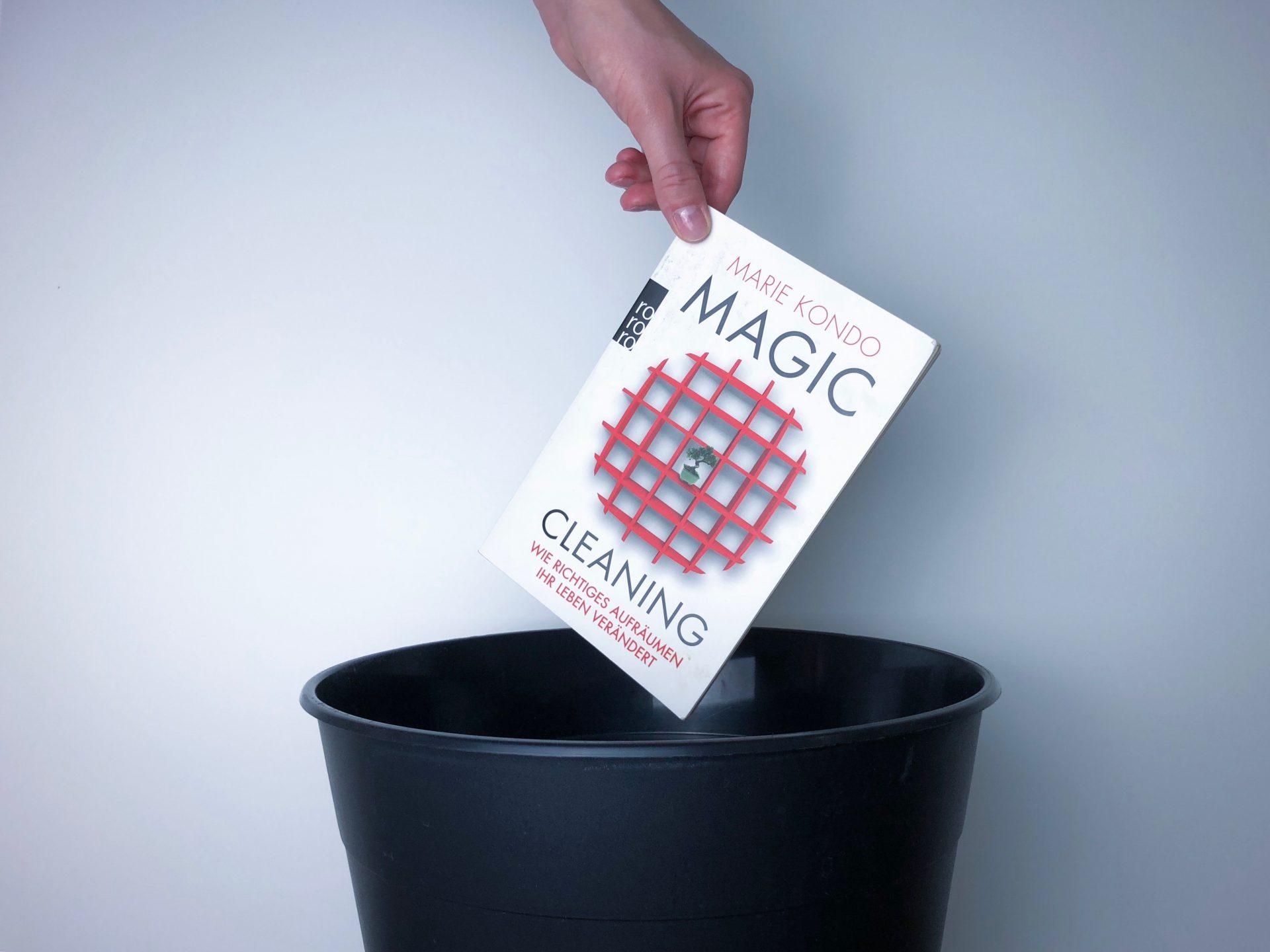 magic cleaning von marie kondo alltagstr umer der b cherblog. Black Bedroom Furniture Sets. Home Design Ideas